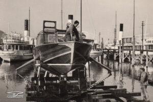 Préparation du PT10Freccia d'Oro sur le chantier naval près d'Arona, pour une utilisation sur le lac Majeur.