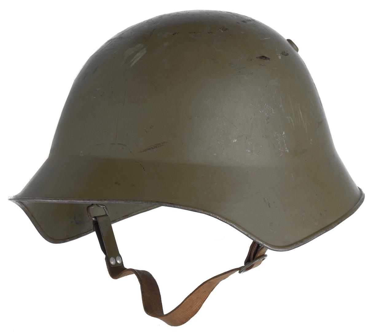 Helm Modell 18, Feldgrau gespritzt, von 1918