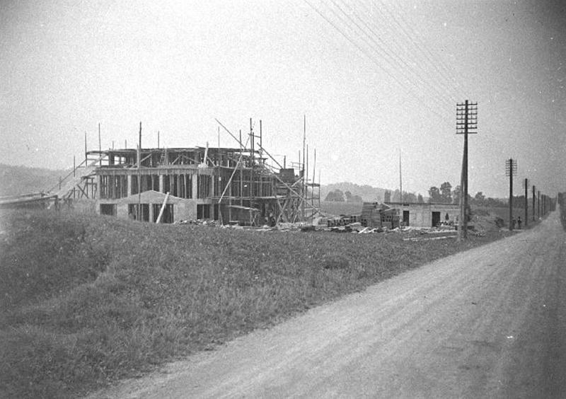 Bau des Radiosenders Beromünster 1930.