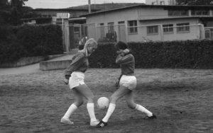 Szene Frauenfussball 1960er-Jahre.