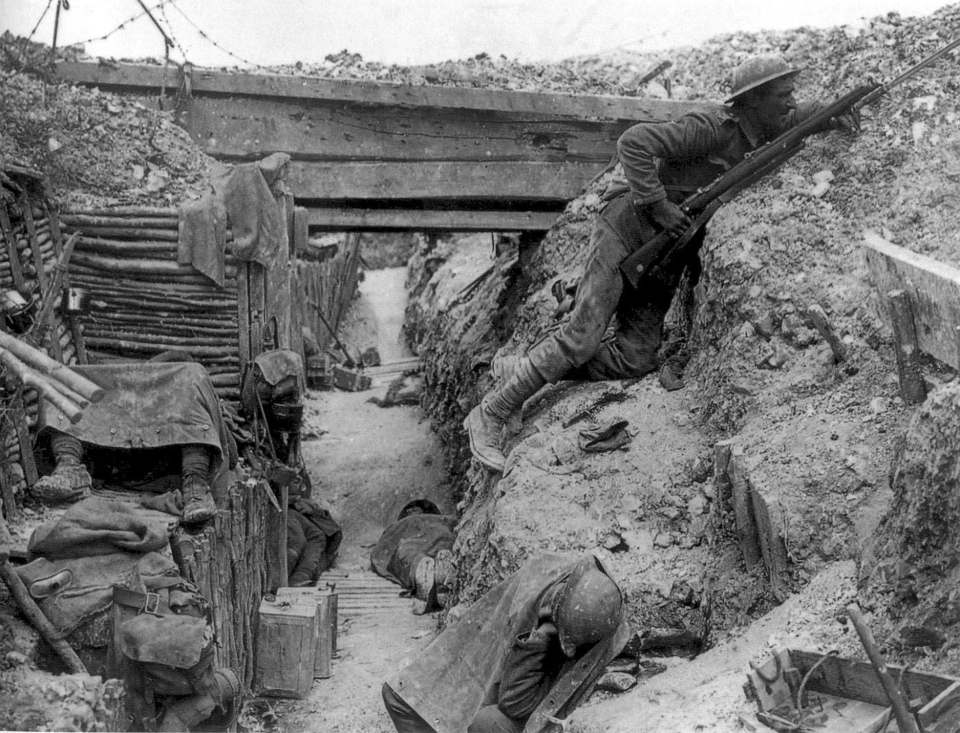 Britischer Schützengraben im Juli 1916 während der Schlacht an der Somme.