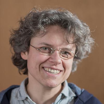 Nathalie Büsser