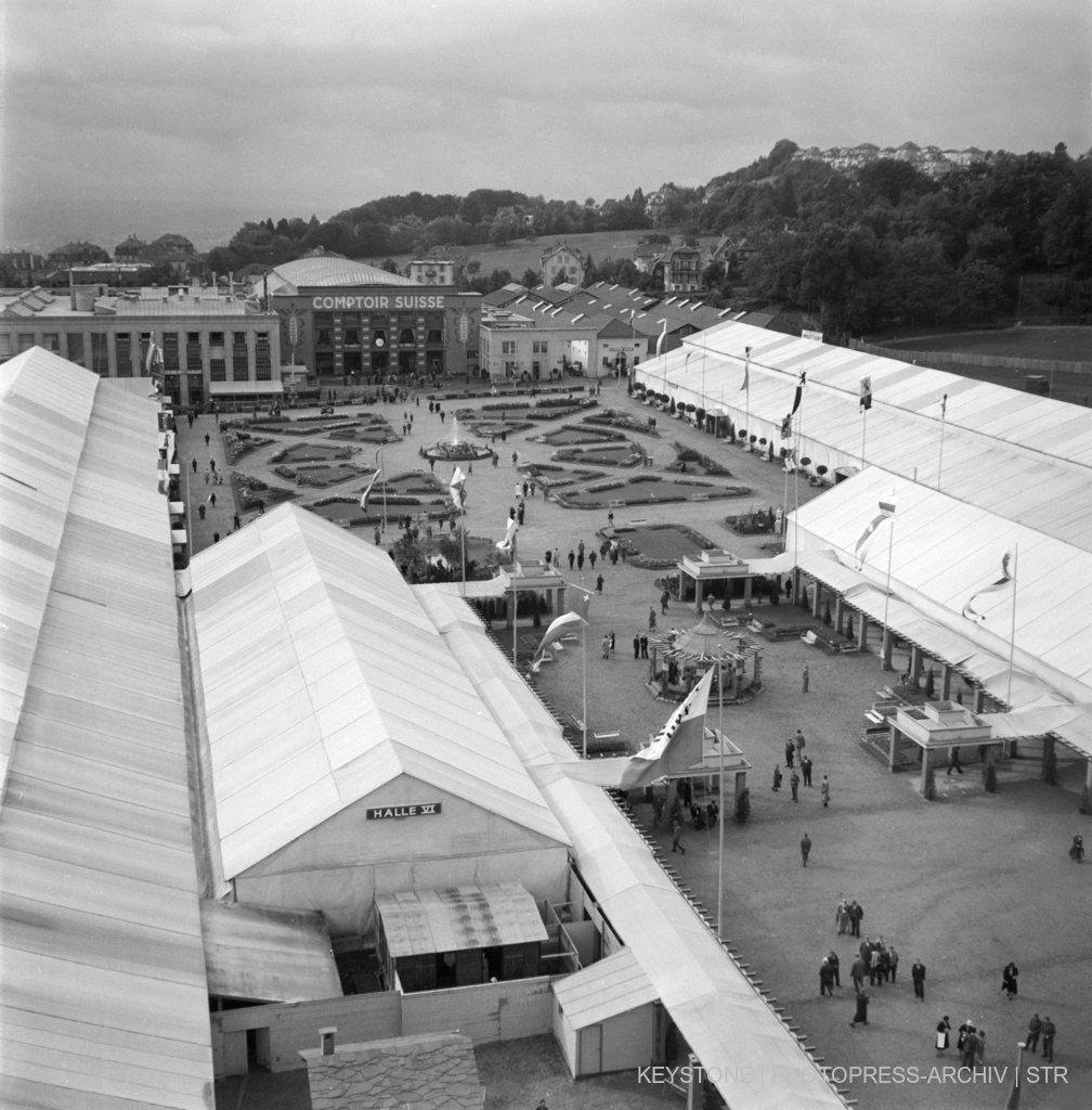 Espace d'exposition du Comptoir Suisse à Lausanne, septembre 1937. Keystone/Photopress-Archives/Str