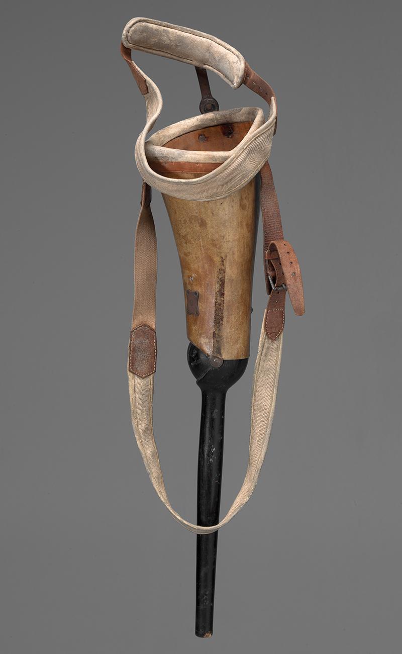 Beinprothese, getragen von einem Internierten der Bourbaki-Armee.