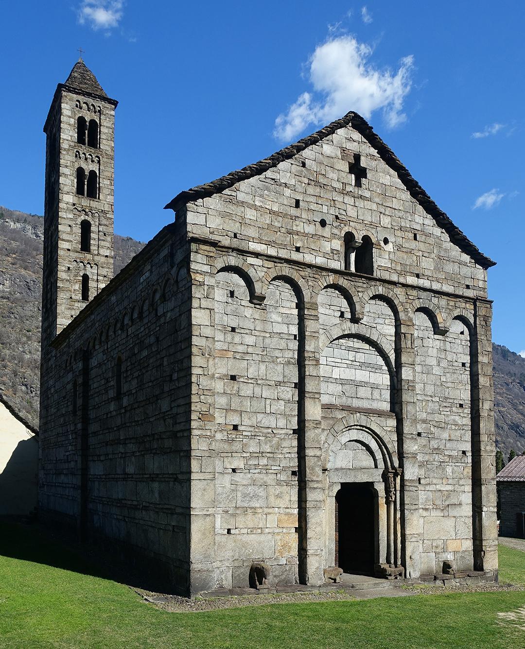 Giornico, San Nicolao, erbaut um 1100.