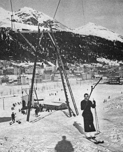 Le premier téléski du monde à Davos, en 1934.