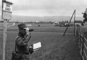 Die Schweizer Grenze 1943.