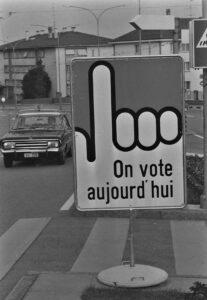 Sept cantons donnent à leurs communes la possibilité de lancer un référendum contre les décisions cantonales pour obtenir l'avis du peuple.