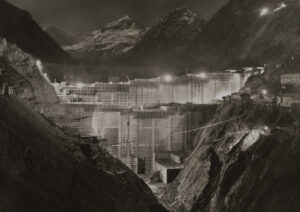 Bau des Staudamms Grande Dixence zwischen 1950 und 1961.