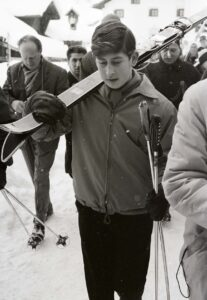 Prince Charles in Scuol-Tarasp in 1963: Here he learns to ski, which will become his passion.