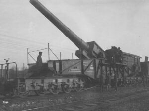 Symbol of industrialised war: a German railway gun during World War I.