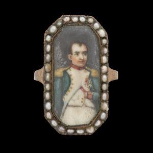 Fingerring mit dem Porträt von Napoléon Bonaparte, um 1800.