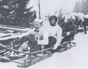 Bachmann bobsleigh in the race for the Montreux Cup; Les Avants 1908. In the 3-man bob event, one team member had to be a woman.