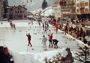 Curling for everyone, 1965 in Grindelwald.