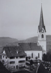 For a long time the church in Niederweningen had a clock only on three sides. Were the Catholics robbed of their sense of time?