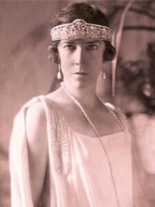 Reine Elisabeth de Belgique, vers 1920.
