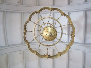 Le lustre de l'église de Rothenthurm, qui orne son intérieur depuis 1995.