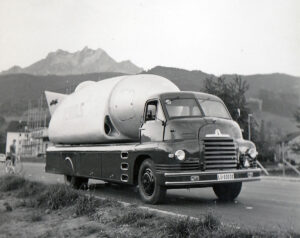 The Spitlight in transit. The generator, which was mounted on a trailer and always had to be carried with the device, is out of shot here.