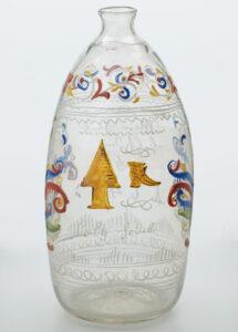 Farblose Beutelflasche mit bunter Emailbemalung, Bern, 18. Jahrhundert.
