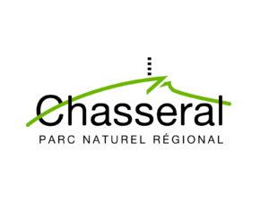 Ein technischer Bau als Symbol für die Natur: Heute haben sich 21 Gemeinden zum regionalen Naturpark Chasseral zusammengeschlossen. Im Regionalpark-Logo ist der Sendeturm in abstrahierter Form präsent.