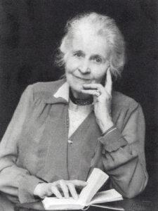 Mary Widmer-Curtat.