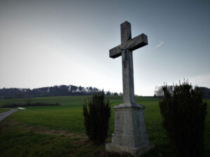 In the countryside, the war of religion resulted in scores of minor religious tussles.