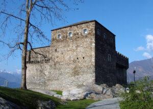 Château de Sasso Corbaro.