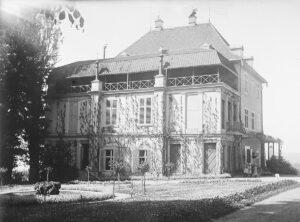 Le château d'Arenenberg, dans la commune thurgovienne de Salenstein, en 1922.