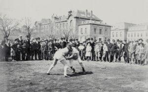 Schwingen match in the city of Neuchâtel, late 19th century.