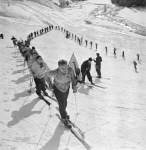 Expedition in the snow during the first children's ski camp in Pontresina, 1941.