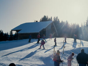 There have been children's ski camps in Switzerland since the 1940s.