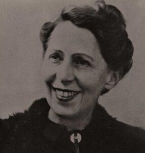 L'artiste suisse Sophie Taeuber-Arp a été une célèbre victime de la « règle du mariage » en Suisse.