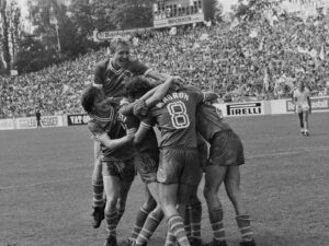 Lausanne players celebrate a goal in the 1981 cup final against FC Zurich.