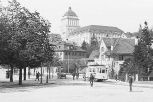 Fotografie der Universität Zürich von 1914.